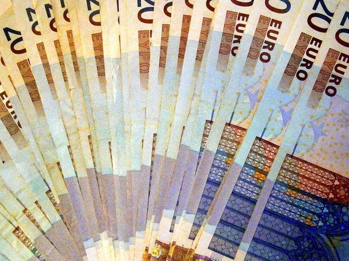 vějíř z eur